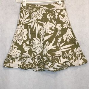 Ann Taylor 2 Skirt Green Floral Fit and Flare